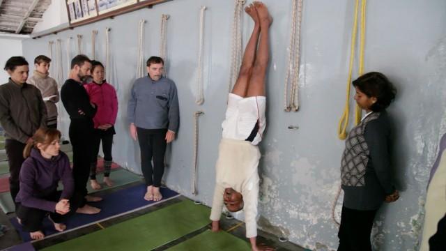 YogastudyCentre
