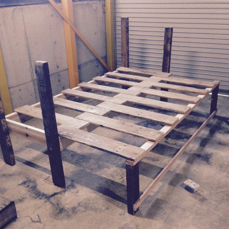 木製パレットDIYソファーベット